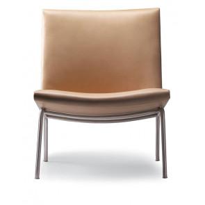 CH401 lænestol af Hans J. Wegner