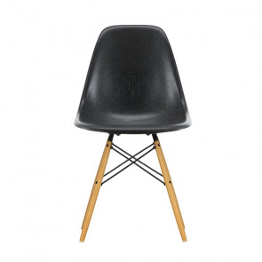 Eames Chair - DSW Fiberglass